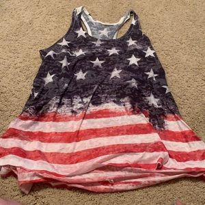 American flag shirt no size tag but fits as medium